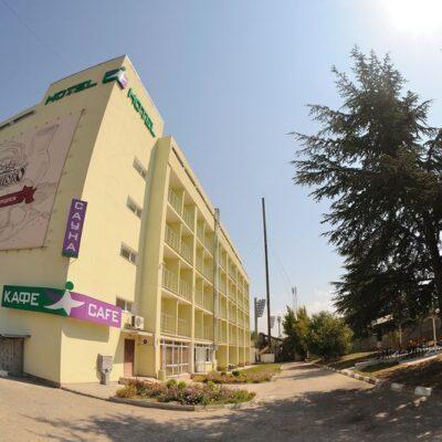 Галерея: Фасад - гостиница Спортивная