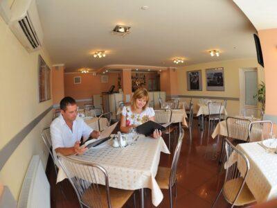 Галерея: Кафе - гостиница Спортивная